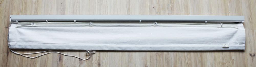 Laskosverhon taustapuoli, eli miltä laskosverho näyttää ikkunan puolelta
